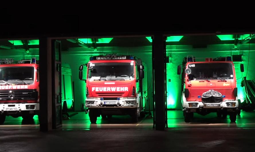 ++ HIGHLIGHT & PREMIERE ++ [Erstmalig] Adventskerzen 🚒 Feuerwehr Walddorfhäslach | FROHE WEIHNACHTEN