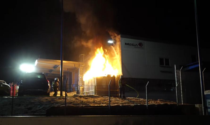 🔥 TRAFOSTATION in VOLLBRAND – FLAMMEN an LAGERHALLE 🔥 🚒 FEUERWEHREINSATZ in FELLBACH 🚒