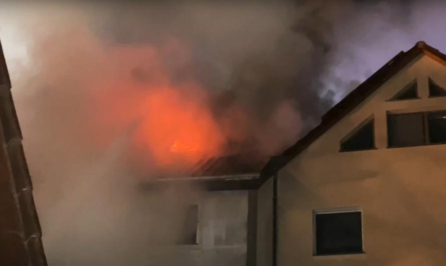 [Vorschau Video] Großbrand Vaihingen/Enz (Enzweihingen) – Gebäudevollbrand mit 3 Drehleitern