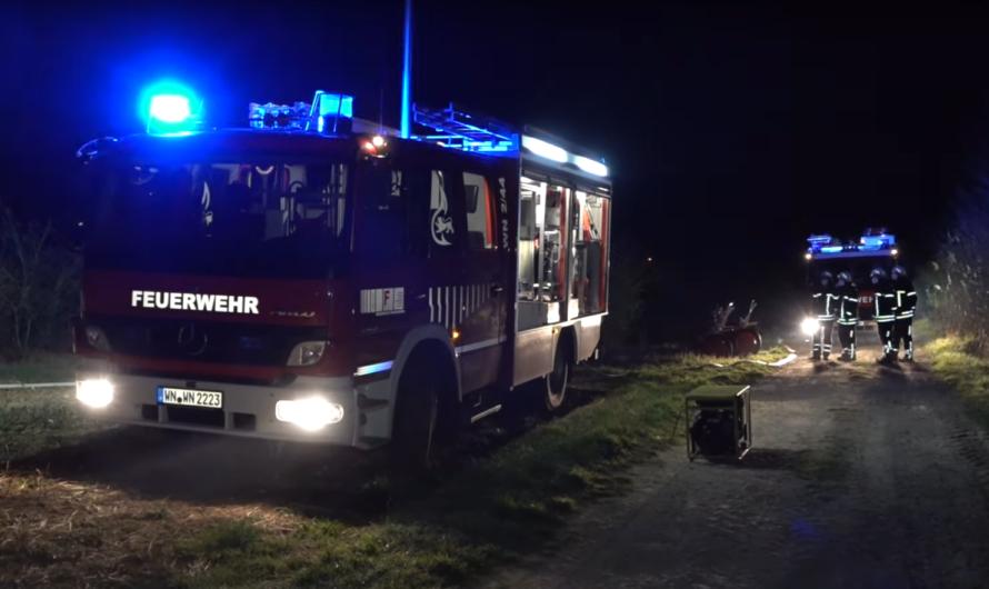 🔥 Brand an kleinem Gewächshaus – 🚒 Feuerwehr Waiblingen löscht den Brand ab