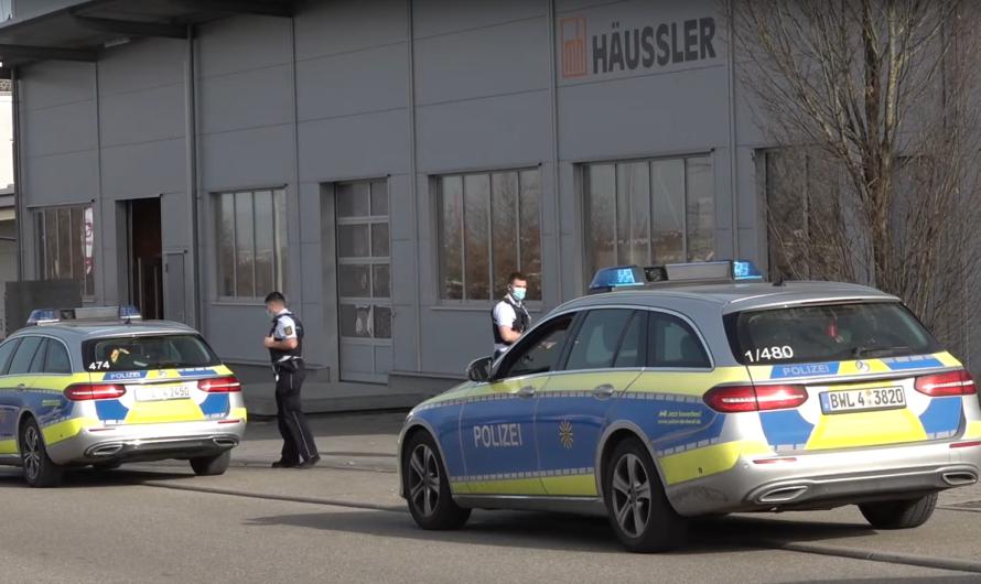 [Archivdoku] Skurrile Aktion in Winnenden ▶️ Polizeikontrolle – Aktivist mit Wahlkampfveranstaltung