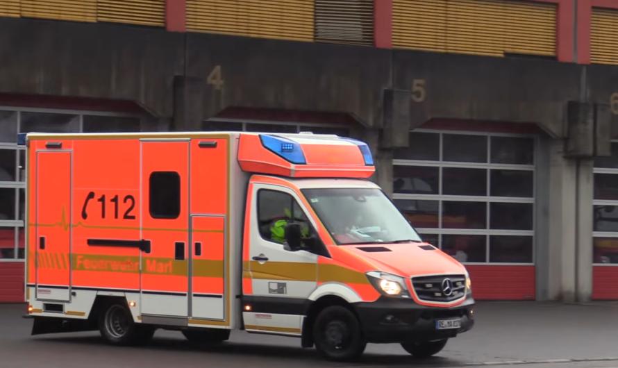 Einsatzfahrten: WLF AB-Tank der Feuerwehr Marl & mehr + Rettungsdienst mit NEF & RTW