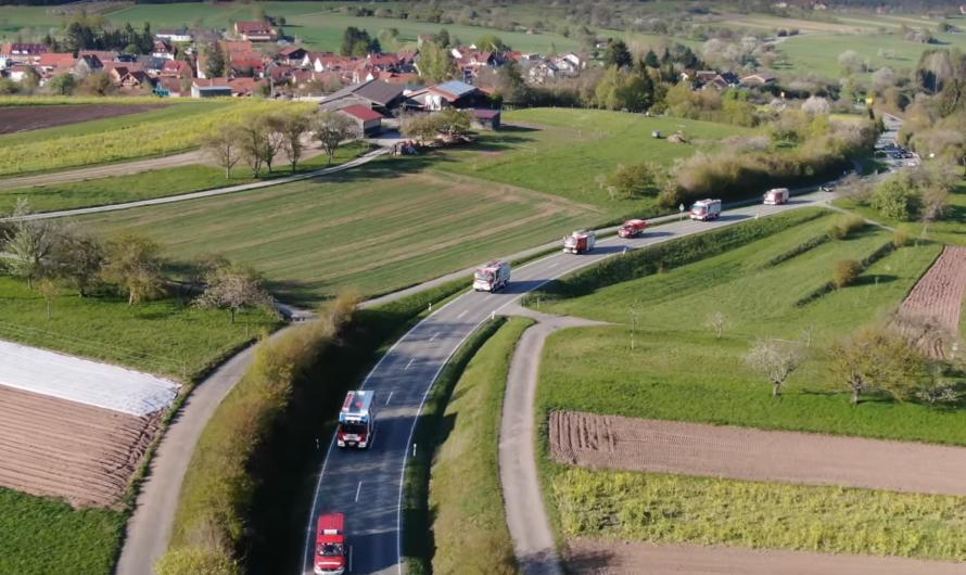 🆕 Neues LF 10 von Rosenbauer 🆒 Empfang mit Blaulicht-Korso 🚒 Feuerwehr Berglen begrüßt den 1/42 😍
