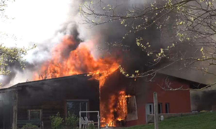 🔴 2x Feuer in Schorndorf 🔴 🔥 Balkonbrand + Großbrand SOS-Kinderdorf 🔥 🚒 Feuerwehr Großeinsatz 🚒
