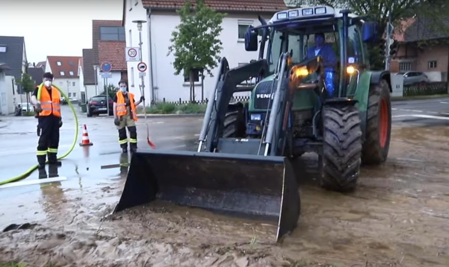 🚒 Feuerwehr kämpft gegen Schlamm – Starkregen (Unwetter) verursacht Hilfeleistungseinsatz in Tamm 🚒