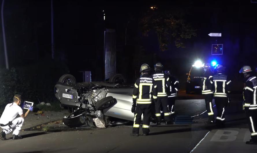 ▶️ Smart total zerlegt ◀️ Überhöhte Geschwindigkeit & Alkohol = Crash 🚓 🚑 🚒 Feuerwehr Stuttgart
