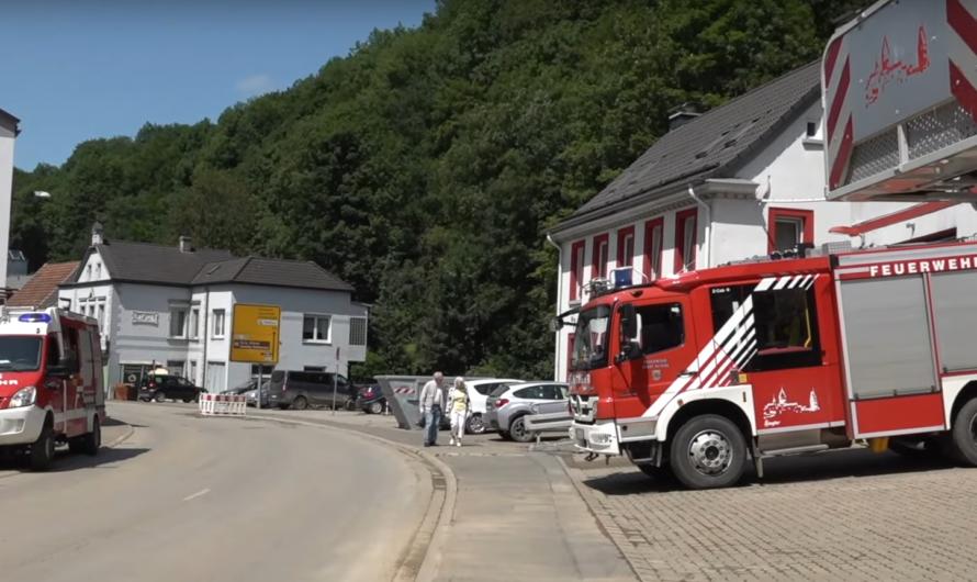 ❌ Fluthelden retten Feuerwehrmann ❌ Altena nach der Flut – Stadt in Trauer 👨🚒 🚒 ➕ Bürgermeister