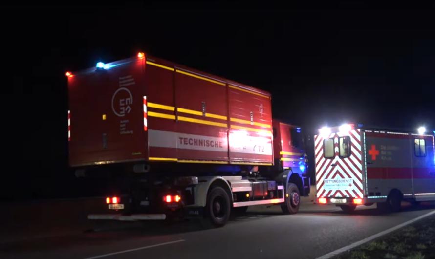 ▶️ Schwerer Crash auf B28 ◀️ PKW kommt von Straße ab 🚨 Feuerwehr Kehl & RD im Einsatz 🚑 [Archivdoku]