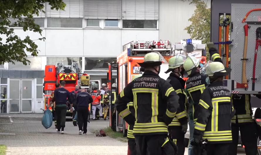 🔥 Brand im Labor eines Hochhaus 🔥 🚒 Feuerwehr Stuttgart mit zahlreichen Einsatzkräften im Einsatz 🚒