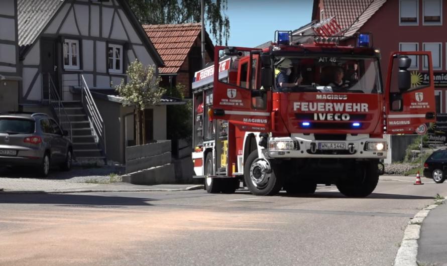 Schlauchplatzer am Tankfahrzeug – Ölunfall in Allmersbach im Tal – 🚒 Feuerwehr und Bauhof aktiv