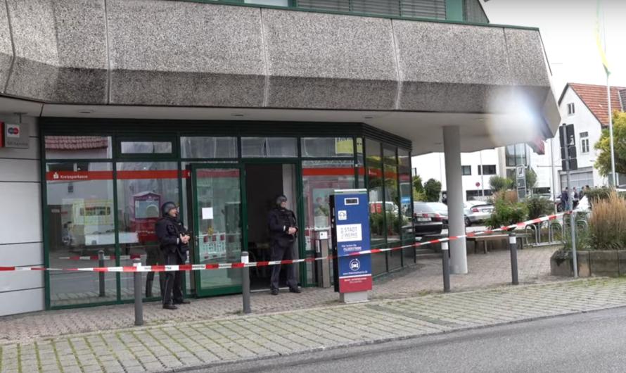 🚨 Banküberfall in Kreissparkasse Bernhausen 🚨 🚔🚓 Großeinsatz der Polizei in Filderstadt 🚓🚔