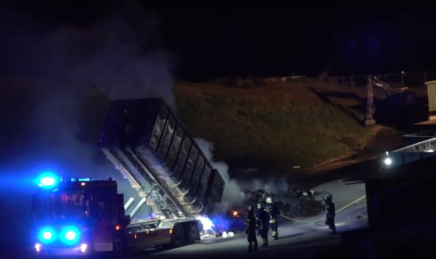 🔥 Feuer auf Mülldeponie 🔥   🚒 Feuerwehr Winnenden mit Löscharbeiten aktiv 🚒